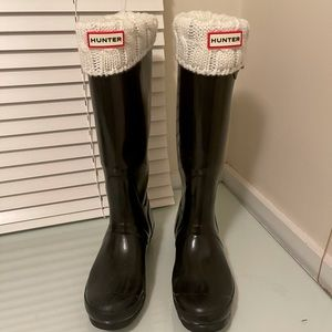Hunter Tall Gloss Rain Boots in Black🖤